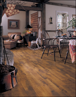 livingroom laminate floors